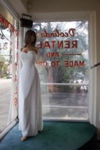 Jasmine Style #3031A Size: 10-12 color: white, sweetheart neck